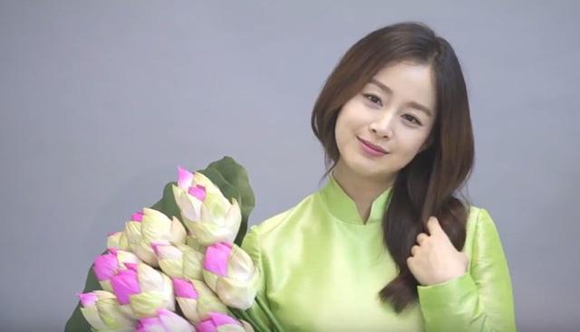 """""""Nữ thần sắc đẹp"""" Kim Tae Hee đến Việt Nam sau thời gian nghỉ sinh - 1"""