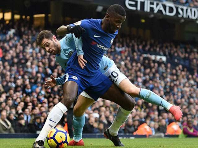 Man City - Chelsea: Sai lầm đầu hiệp 2, hú vía phút bù giờ