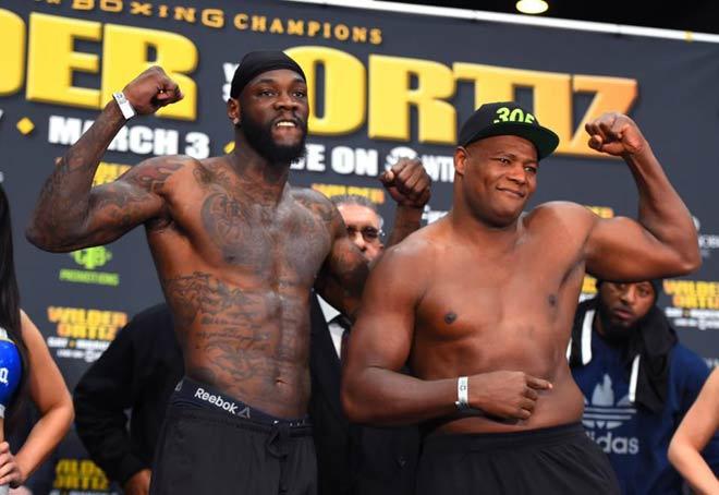 """Vô địch boxing hạng nặng, Wilder - Ortiz: """"Godzilla"""" hạ knock-out """"King Kong"""" - 1"""