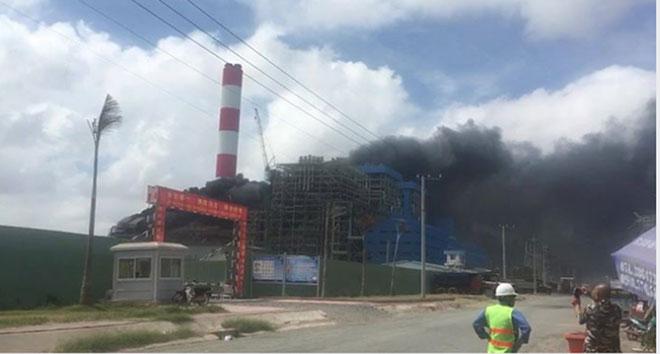 Cháy dữ dội nhà máy nhiệt điện Duyên Hải ở Trà Vinh - 1