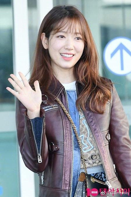 """Lý do người tình mản ảnh Lee Min Ho thừa nhận hẹn hò dù trước đó """"chối đây đẩy"""" - 1"""