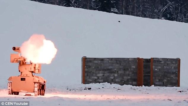 Nga khoe vũ khí tự lái bắn một phát hủy diệt một căn cứ - 1