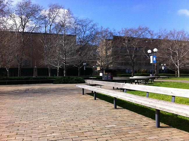 Được thành lập vào năm 1853, Đại học Melbourne là trường có thâm niên lâu đời thứ 2 của Úc.