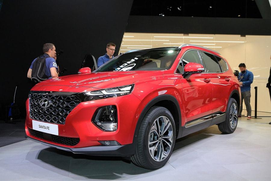 Ngắm Hyundai Santa Fe 2019 chạy điện tương lai sẽ về Việt Nam - 1