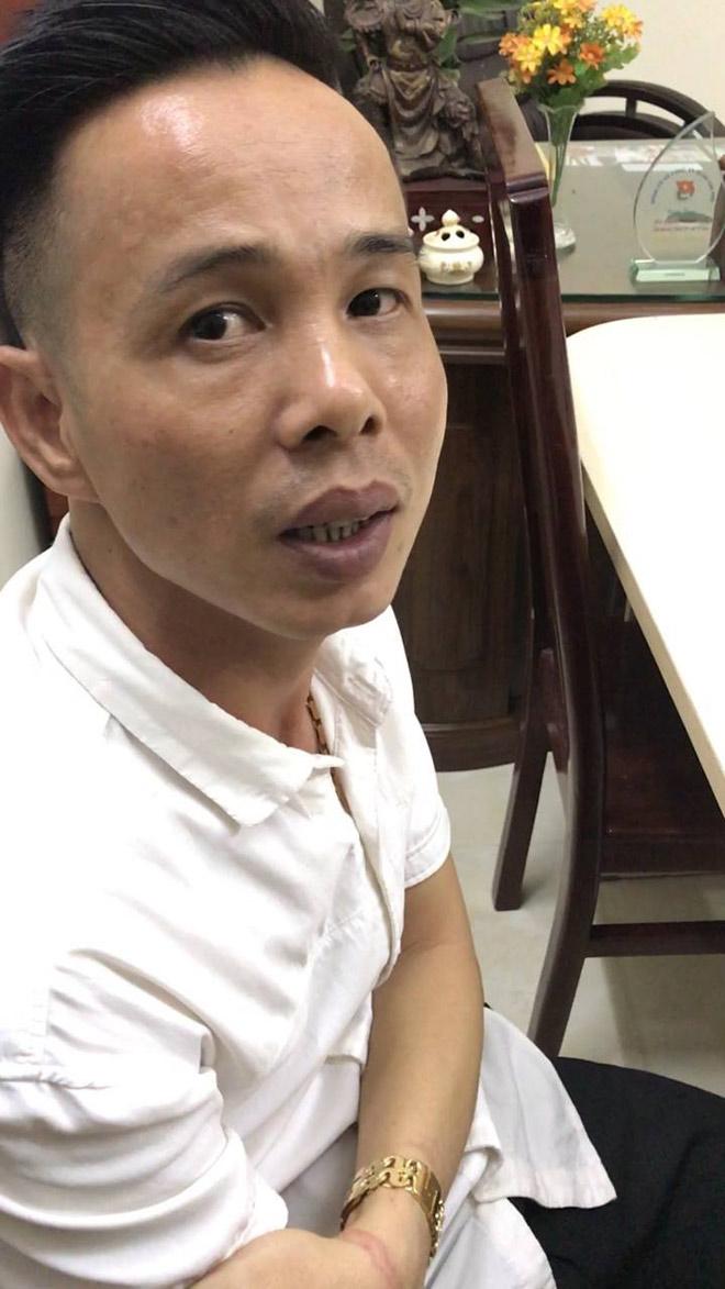 Cảnh sát đột kích, phát hiện bí mật trong quán cà phê ở Sài Gòn - 1
