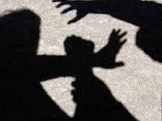 Sàm sỡ cô giáo, nam sinh Mỹ 16 tuổi bị bắt giữ