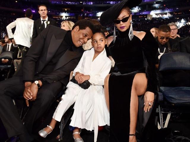 Mãn nhãn với tủ đồ tiền tỷ của con gái Beyoncé