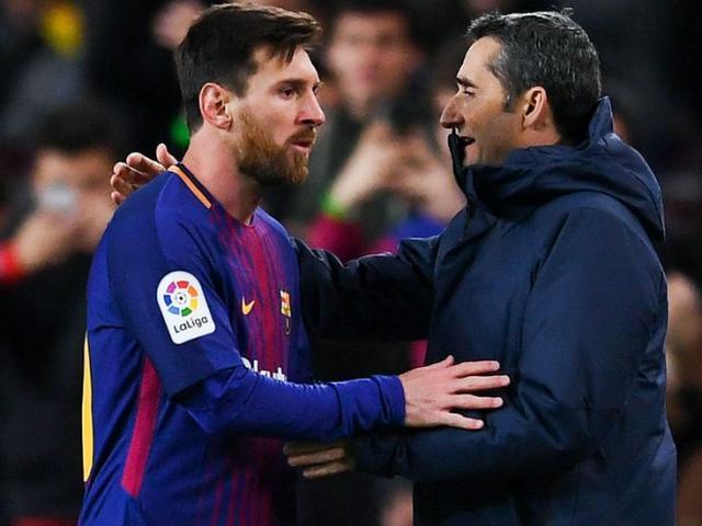 """Barca mơ ăn ba: Thiên tài Messi và """"sự tiến hóa"""" siêu việt"""