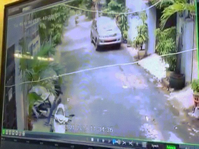 Trộm đột nhập lấy 3 xe tay ga giữa ban ngày, chủ ở nhà không hề hay biết