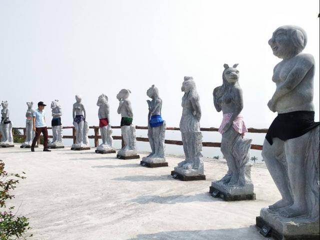 Chủ vườn tượng 12 con giáp khỏa thân ở Hải Phòng nói gì?