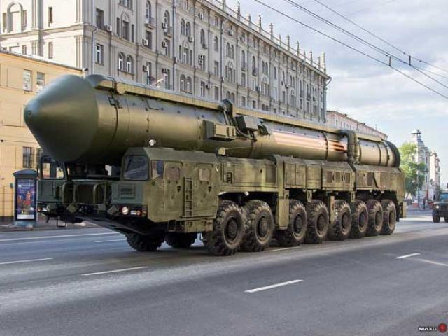 """10.000 binh sĩ Nga cùng tên lửa chiến lược """"sẵn sàng chiến đấu cao độ"""""""