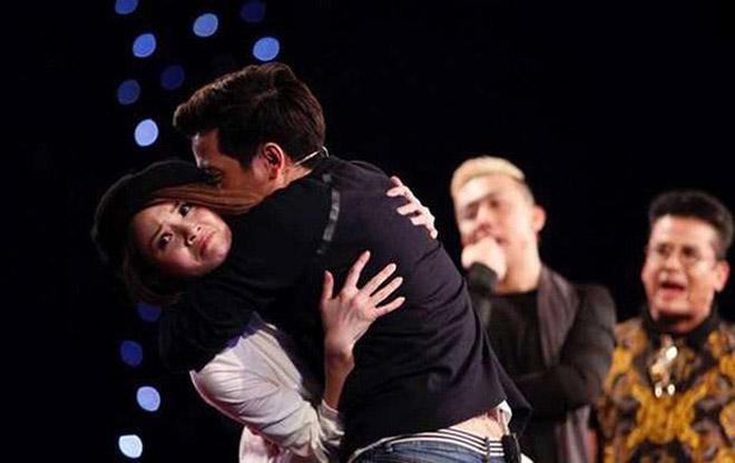 Sao nữ lên tiếng chuyện bị Trường Giang lợi dụng ôm hôn trên truyền hình - 1
