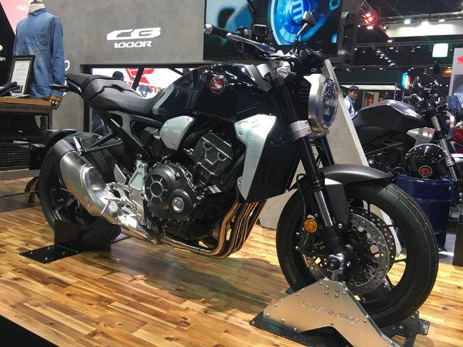 """Phong cách xe mới lạ và được nhà sản xuất xe xứ mặt trời mọc Nhật Bản xướng tên CB1000R với biệt danh """"Neo Sports Café"""" (Xe café thể thao thế hệ mới). Ảnh: Nhật Nguyên"""
