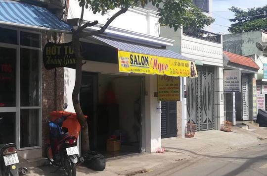 Nữ chủ tiệm hớt tóc bị bạn trai đánh, cướp tài sản - 1