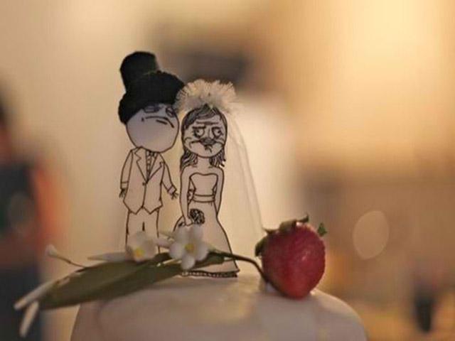 15 chiếc bánh cưới khiến ai cũng bật cười khi nhìn thấy - 1