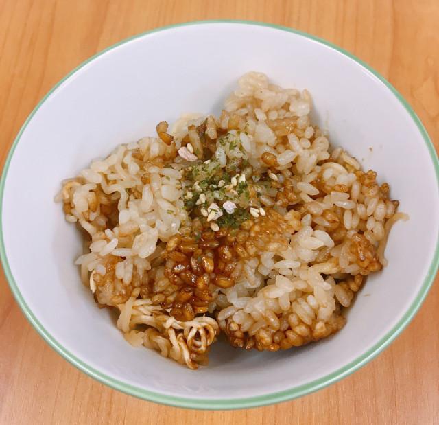 """Món mì tôm """"bá đạo"""" của người Nhật nhưng hóa ra là món quen thuộc của sinh viên Việt - 1"""