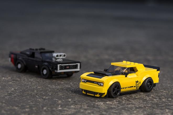 Dodge hợp tác với LEGO ra mắt bộ đôi xe mô hình phiên bản giới hạn - 1