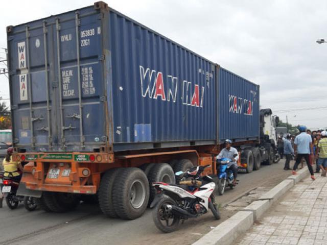 Chủ xe container gây TNGT kinh hoàng phủ nhận cho xe chở quá tải