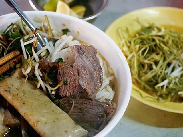 """Món ngon """"đốn tim"""" du khách trong chợ người Hoa ở Sài Gòn"""
