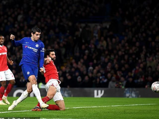 """Chelsea - Nottingham Forest: Morata từ """"chân gỗ"""" hóa người hùng"""