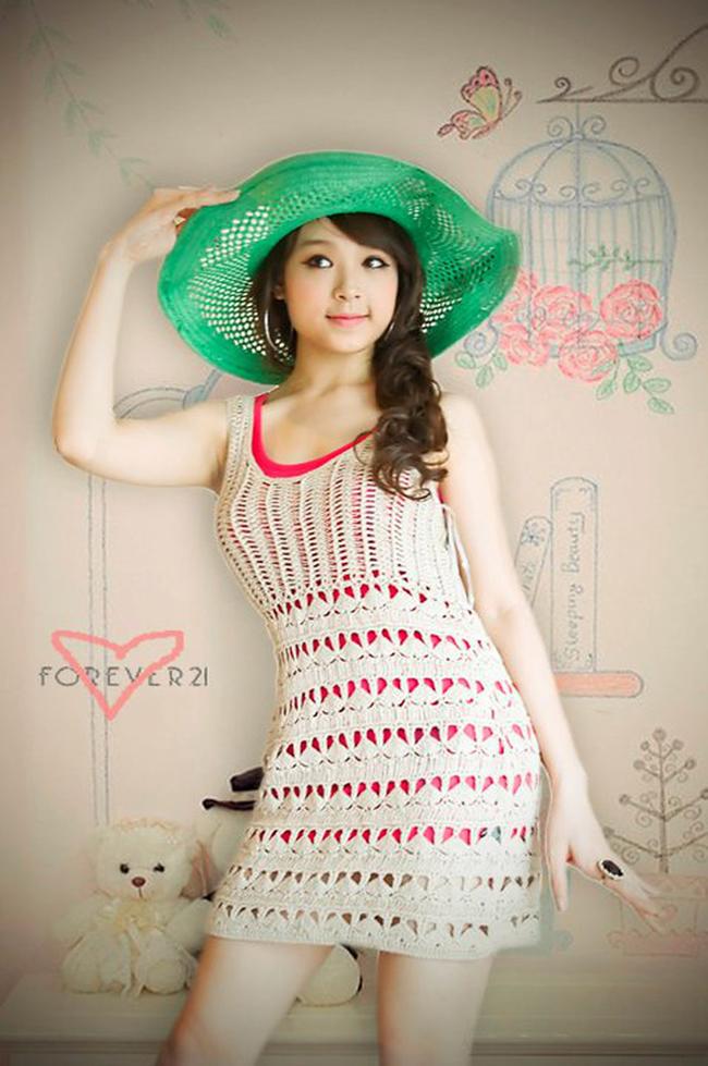Huyền Baby tên thật là Đặng Ngọc Huyền, sinh năm 1989, được biết đến từ cuộc thi Miss Teen 2009.