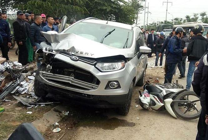 Tiết lộ về lái xe ô tô đâm 4 người thương vong ở Hà Nội - 1