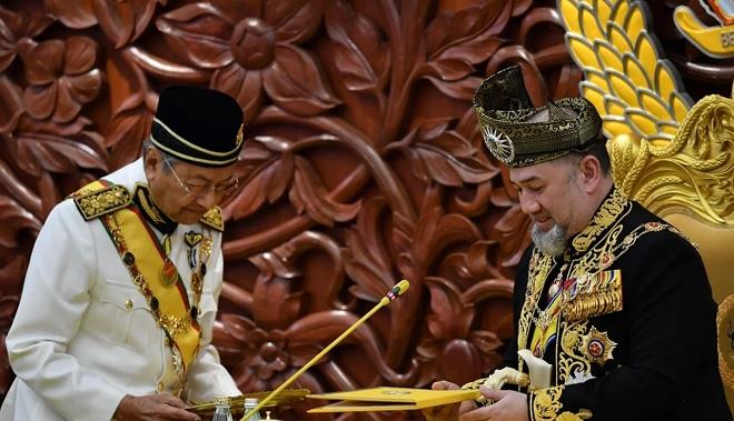 Đằng sau chuyện quốc vương Malaysia đột ngột thoái vị - 1
