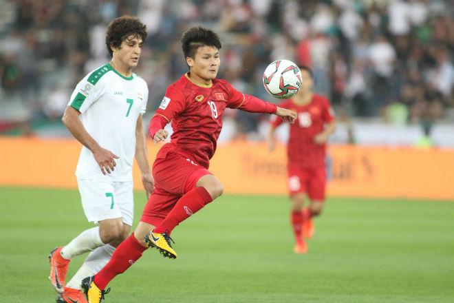 Quang Hải tả xung hữu đột, bị cầu thủ Iraq chơi xấu - 1