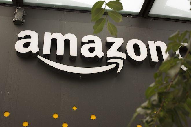 Amazon vượt Microsoft để trở thành công ty có giá trị nhất thế giới - 1