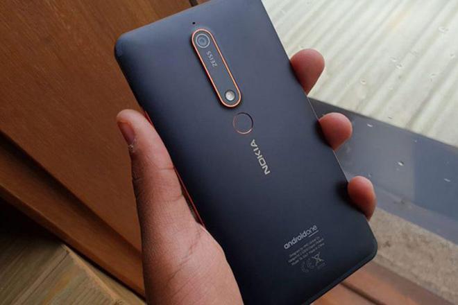 """Nokia 6.2 với màn hình """"mụn cóc"""" cho camera selfie sắp ra mắt - 1"""