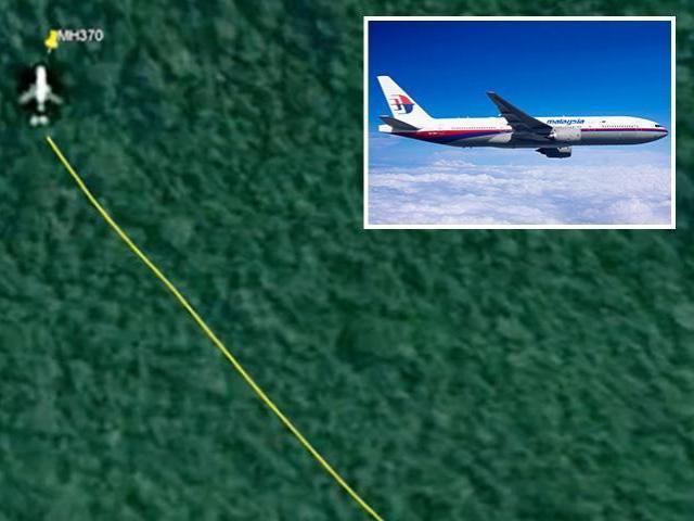 """Lùng tìm xác MH370 trong rừng Campuchia, """"thợ săn máy bay"""" tin sẽ phá vỡ điều bí ẩn?"""