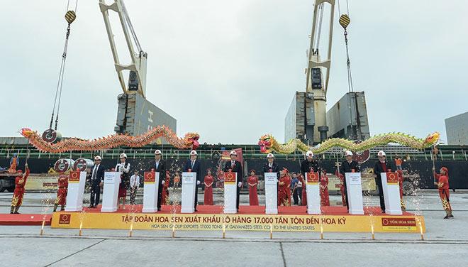 Tập đoàn Hoa Sen chào Xuân 2019 rực rỡ với 17.000 tấn tôn xuất khẩu sang Mỹ - 1