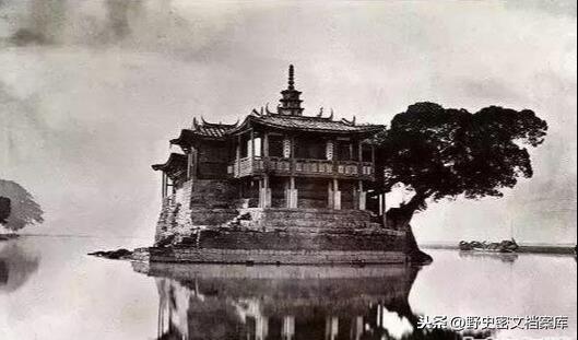 Vẻ đẹp ma mị của Trung Quốc 100 năm trước - 1