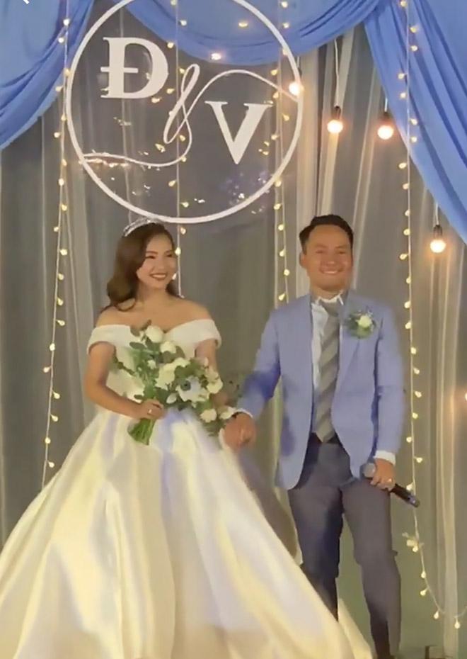 Tiến Đạt đọc rap tặng vợ 9x tại lễ cưới ở Sài Gòn - 1