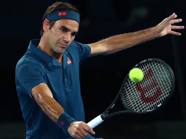 Clip hot Australian Open: Federer bứt tốc kinh hoàng bung trái hiểm độc