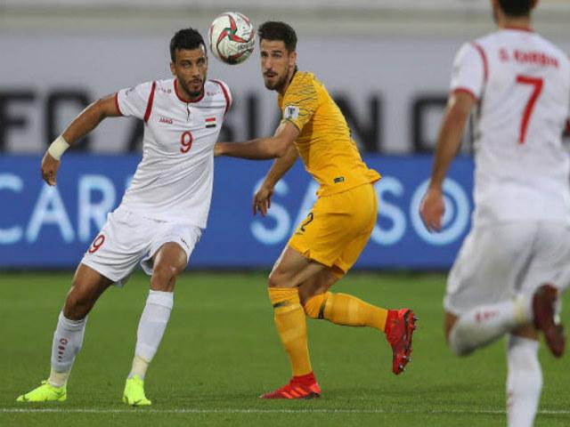 """Asian Cup, Australia - Syria: Cú sút sấm sét, Việt Nam """"nhận quà"""""""