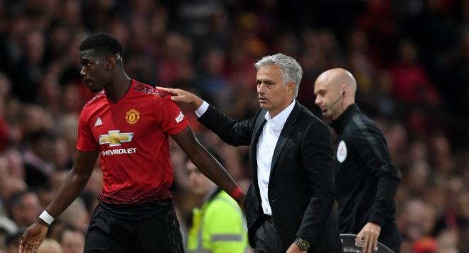 Kỳ lạ: Mourinho ở lại Anh, vớ bẫm từ Asian Cup nhưng bị cấm nói về MU - 1