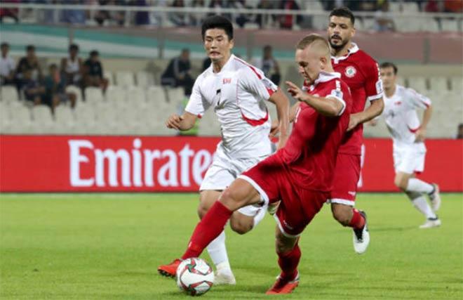 ĐT Việt Nam vé vớt gây sốc châu Á: 1 thẻ vàng hơn ngàn bàn thắng - 1