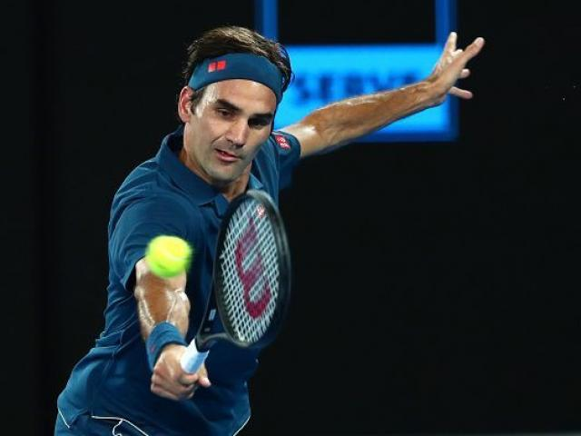 "Clip hot Australian Open: Federer ""bẻ lái"" ma thuật, SAO trẻ quay 360 độ"
