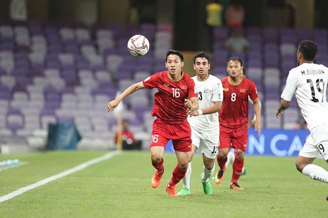 ĐT Việt Nam vào vòng 1/8 Asian Cup: Báo châu Á khen 5 sao chuyền bóng tốt nhất - 1