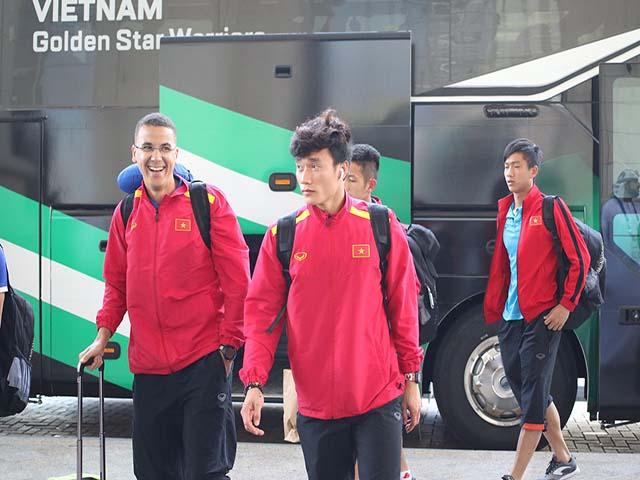 ĐT Việt Nam rạng rỡ đón sinh nhật Công Phượng, chuẩn bị đấu Nhật Bản tứ kết Asian Cup