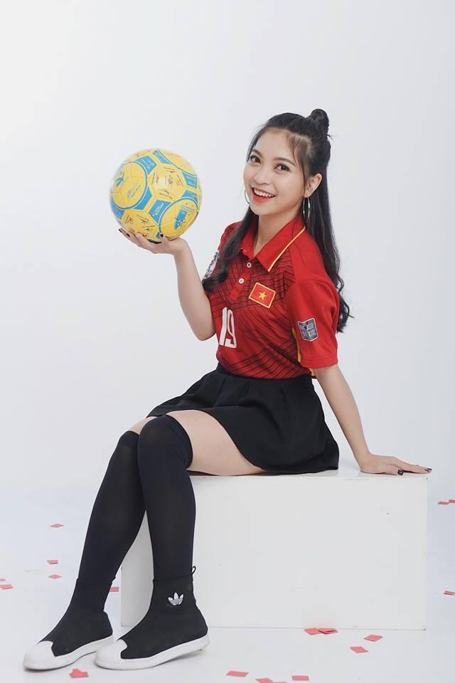 Quang Hải không đá penalty, nhắn câu này cho người yêu sau trận đấu - 1