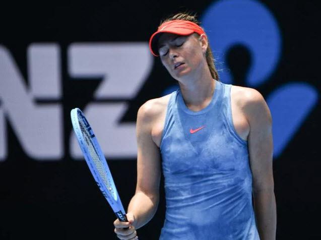 """Sharapova đang đấu """"đi tắm"""": Uất ức vì 2 câu hỏi tế nhị - 1"""
