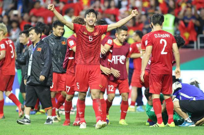 ĐT Việt Nam lập kỳ tích châu Á: Bước tiến thần tốc, công phá bảng xếp hạng FIFA - 1