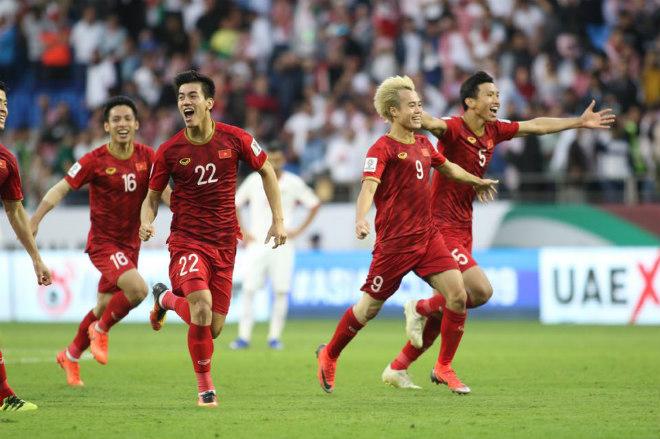 """ĐT Việt Nam thuộc top 8 châu Á: Ai """"đánh thuế"""" giấc mơ World Cup - 1"""