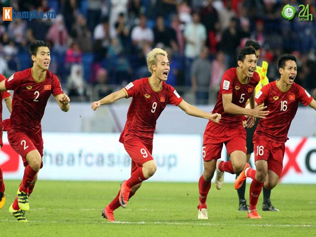 """8 anh hào vào tứ kết Asian Cup: Việt Nam sánh vai """"ông trùm"""" châu Á"""