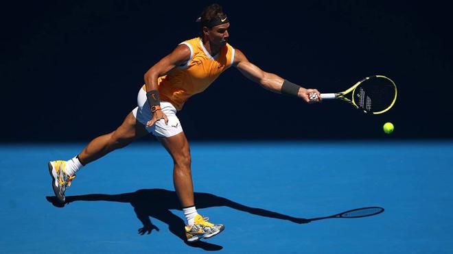 """Clip hot Australian Open: Nadal tung đòn hủy diệt bóng ghim """"góc chết"""" - 1"""