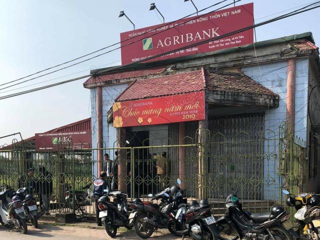 Bắt nghi phạm cướp ngân hàng ở Thái Bình, chém người truy đuổi