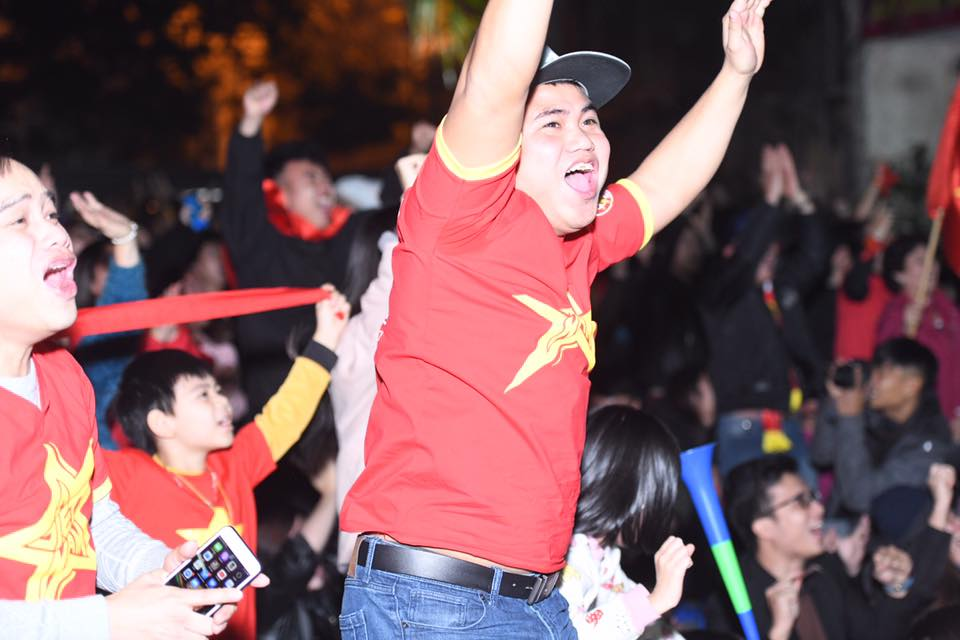 """Không thể quật ngã """"gã khổng lồ"""" Nhật Bản, triệu fan vẫn tự hào về đội tuyển Việt Nam - 12"""
