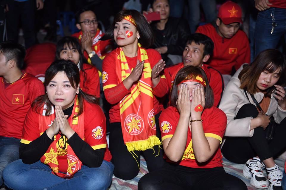 """Không thể quật ngã """"gã khổng lồ"""" Nhật Bản, triệu fan vẫn tự hào về đội tuyển Việt Nam - 1"""